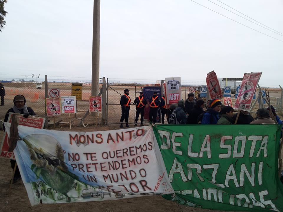 Dos meses de bloqueo a Monsanto